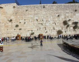 Ierusalim. U stenyi placha