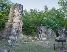 Razvaliny Vizantijskogo hrama v Loo
