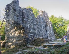 Ruiny starogo hrama v Loo. Sochi